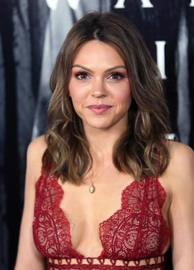 Aimee Teegarden star crossed