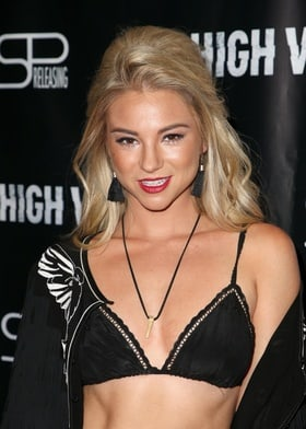 Allie Gonino picture 18