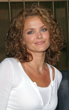 Dina Meyer burn notice